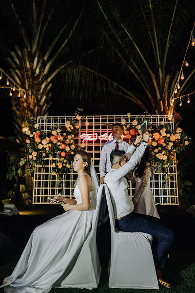 Thao Dien Village intimate wedding.ThaoQuan. Vietnam Wedding Photography_7R37009andrewnguyenwedding.jpg