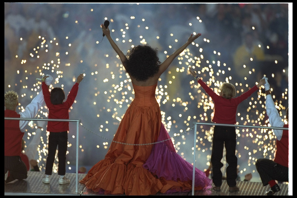. 28 Jan 1996:  Diana Ross performs at the halftime show during Super Bowl XXX between the Dallas Cowboys and Pittsburgh Steelers at Sun Devil Stadium in Tempe, Arizona.  The Cowboys won the game 27 - 17. (Al Bello/Allsport)
