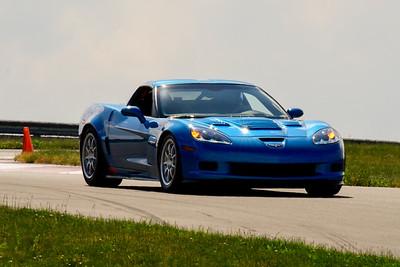 2020 SCCA TNiA June Pitt Race Adv Blu Vette Older