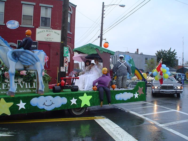 parade_1805289050_o.jpg