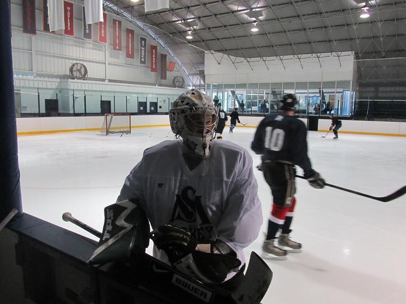 Alumni Hockey 2016 008.jpg