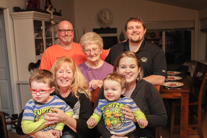 family-9636.jpg