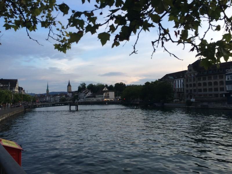 361_iPhone_Switzerland.JPG