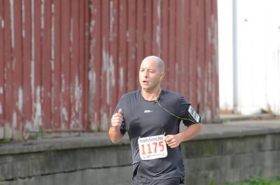 Halfway, Gallery 2 - 2013 Romeo to Richmond Half Marathon