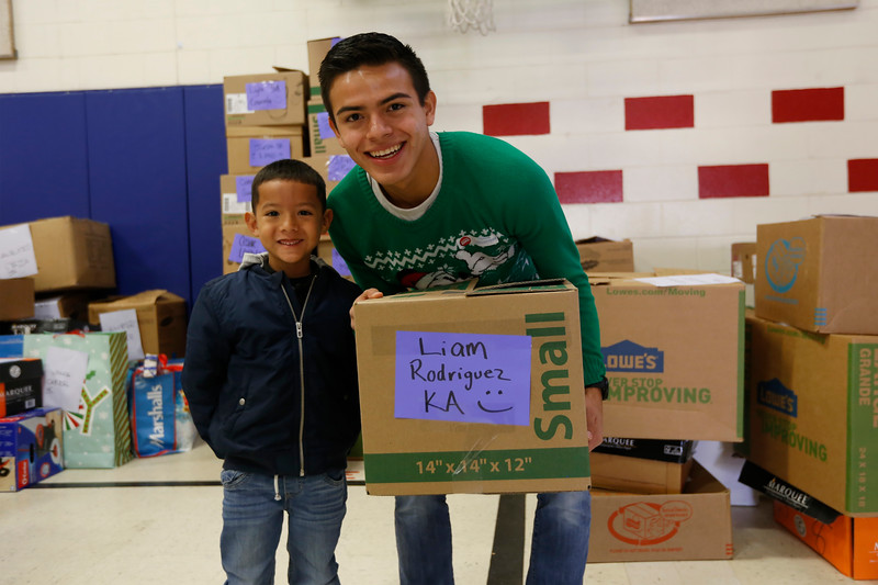 121119HolidayBlessings433.JPG