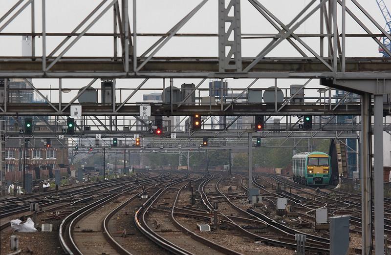 Southern EMU approaching London Bridge station.