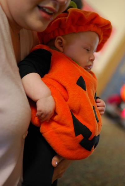 Halloween_Helping Hands