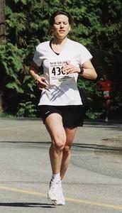 2002 Sooke River 10K - Helena Watling