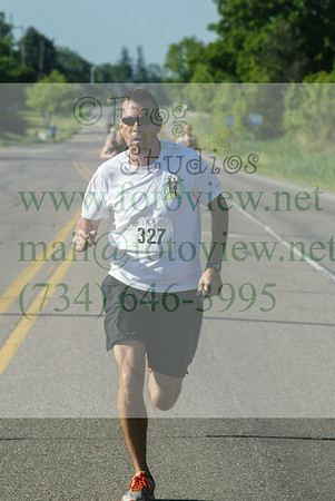 Novi Memorial Day Run 30 May 2016