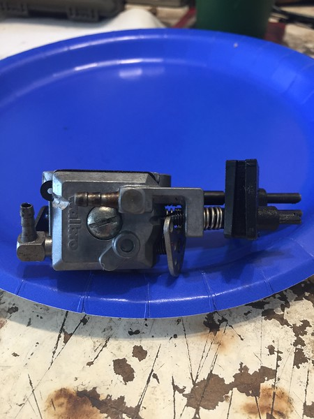 Side view of Homelite Walbro carb