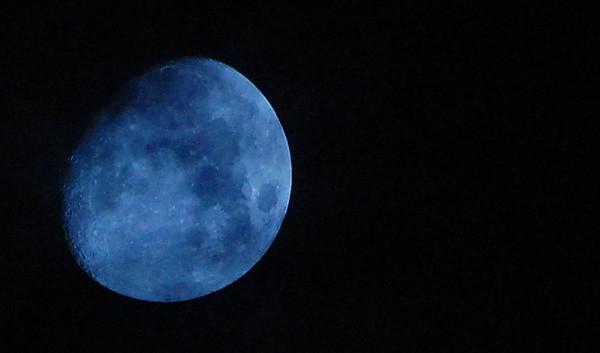 Moon - Mar 18, 2008