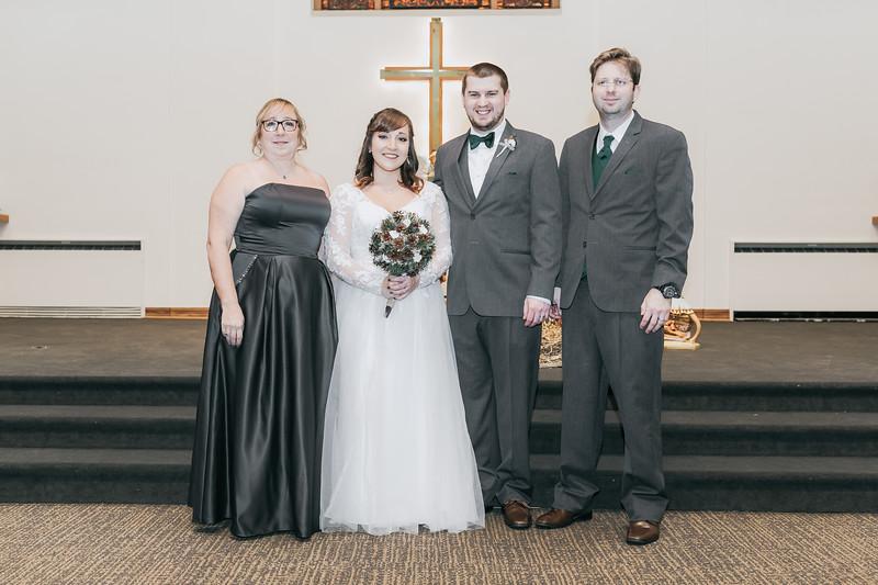 Johnna_Derek_Wedding_La_Casa_Grande_Beloit_Wisconsin_December_15_2018-210.jpg