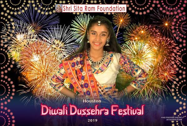 PHOTOS - Diwali