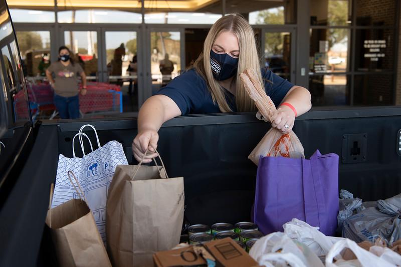 Pasadena Food Drive_2020__066.jpg
