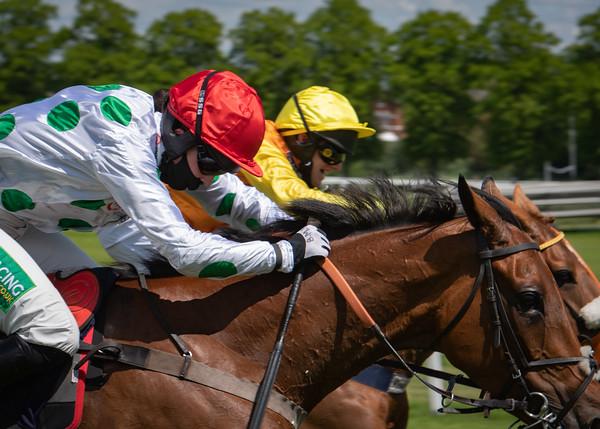 Race 1 - Eglantine Du Seuil