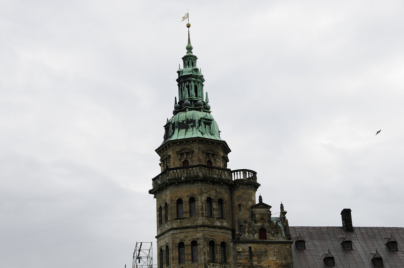 Guided tour of three separate castles located north of Copenhagen