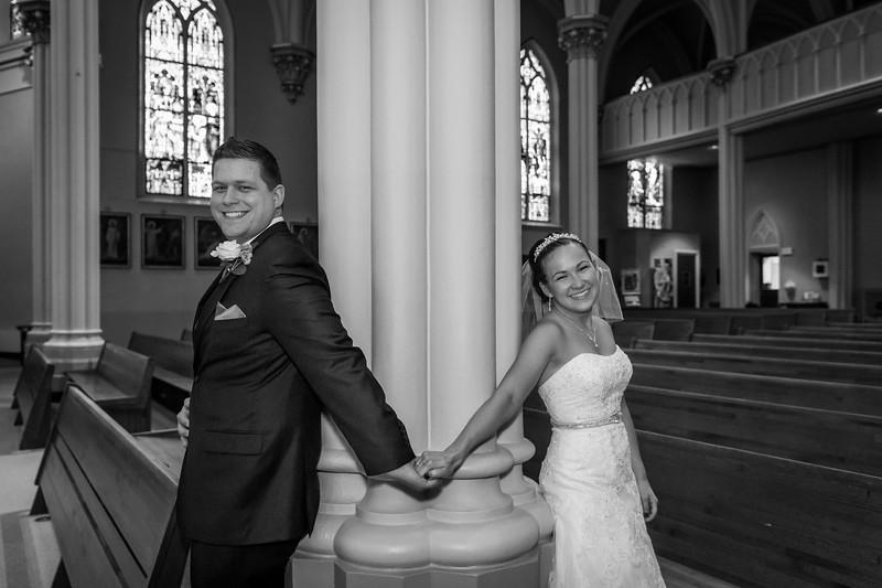 Jennie & EJ Wedding_00169-BW.jpg