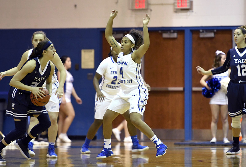 12/9/2017 Mike Orazzi | Staff CCSU's Kiana Patterson (4) during Saturday's women's basketball game with Yale University in New Britain.