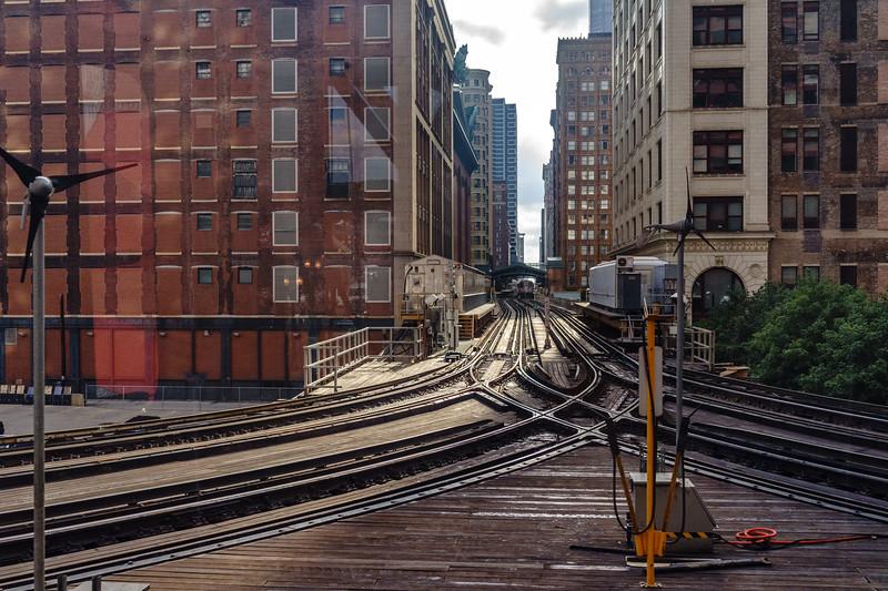 Crossroads on the Tracks