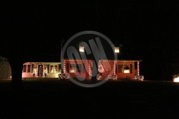 12-16-2015_HolidayLights_OCN_FW