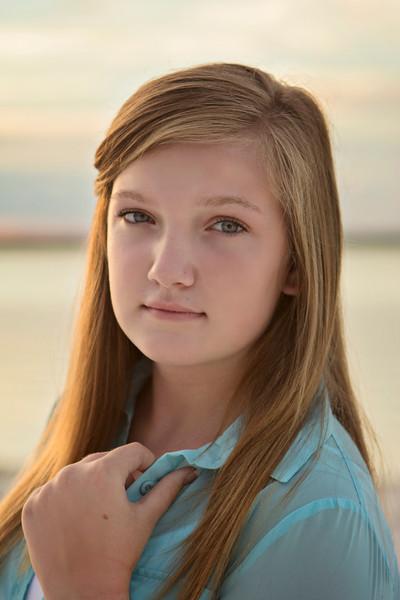 Rebecca Johnson (Tori)