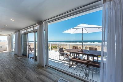 CAREY'S ZUMA BEACH HOUSE