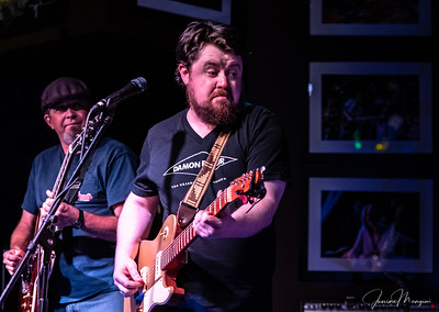 2018.11.06 Funky Biscuit, Blues n BBQ, featuring Damon Fowler,  by JANINE MANGINI