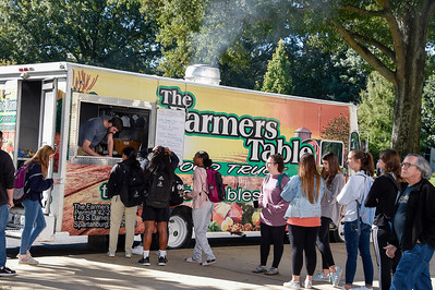 Food Truck Farmers Table