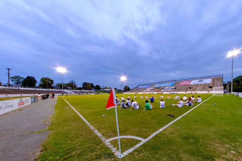 TCS Varsity Soccer 2019-4099.jpg