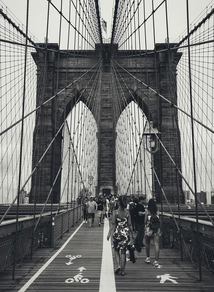 Brooklyn bridge bnw web.jpg