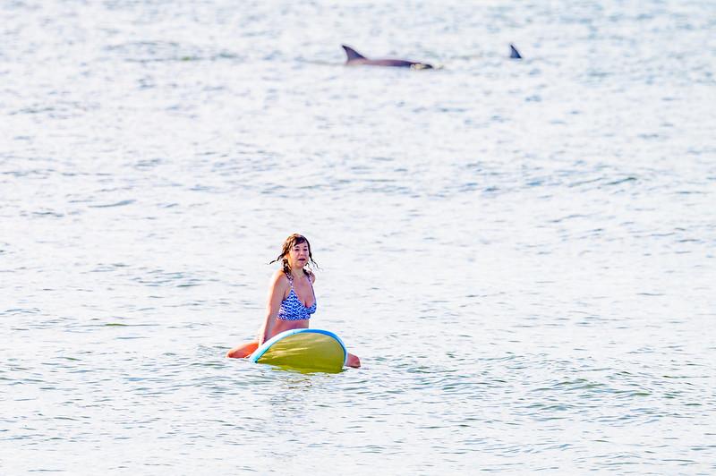 20210904-Elizabette Cohen surfing Long Beach 9-4-21Z62_4722.jpg