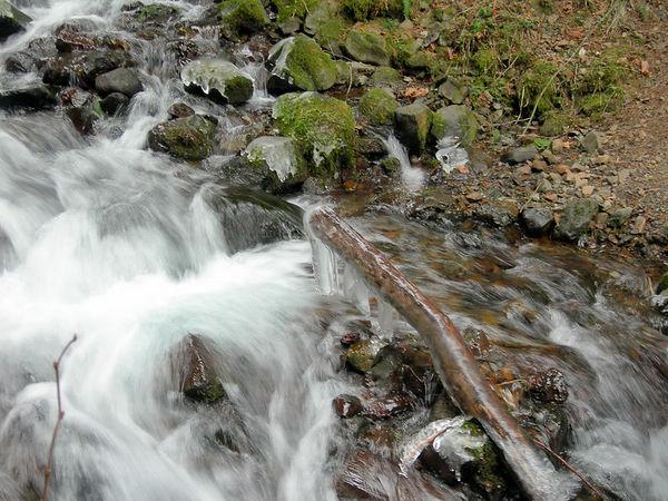 Wahkeena Falls on Ice 02/06