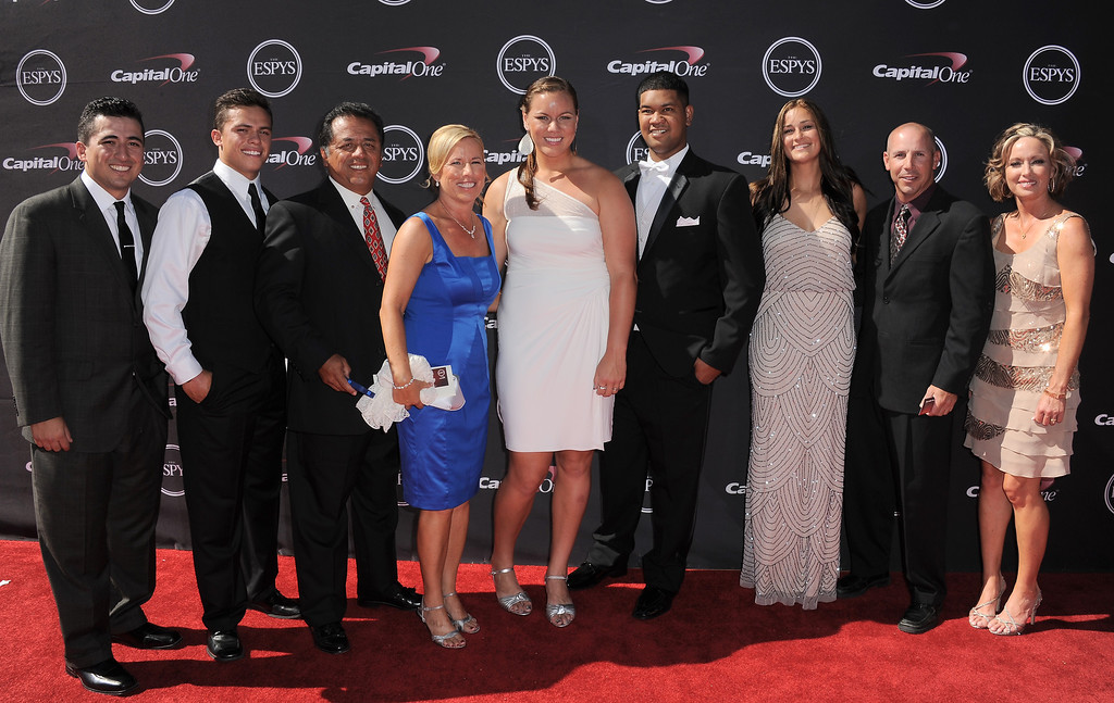 . Players with the Oklahoma softball team arrive with others at the ESPY Awards on Wednesday, July 17, 2013, at Nokia Theater in Los Angeles. (Photo by Jordan Strauss/Invision/AP)