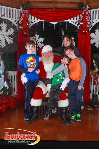 Santa 12-10-16-118.jpg