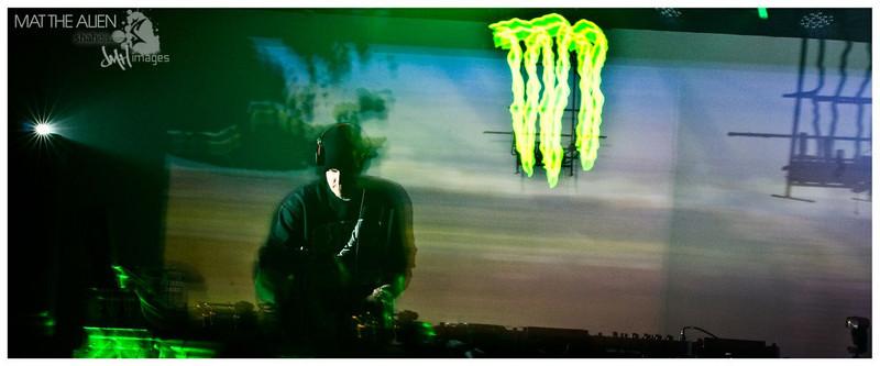 bse mat the alien kutz april 2011 560 seymour-22.jpg