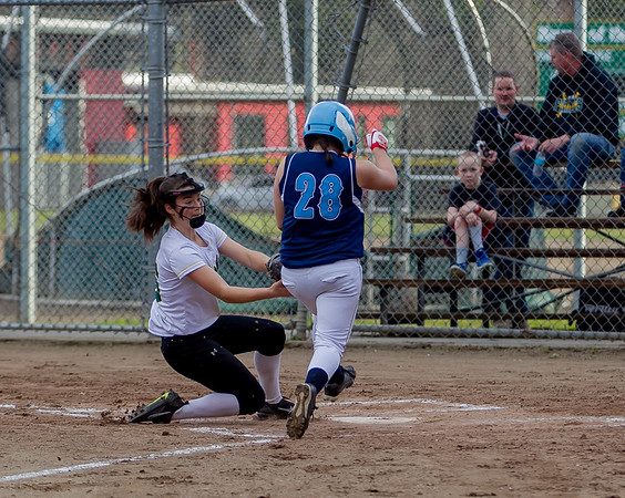 Set five: Vashon Island High School Fastpitch v Rainier Christian