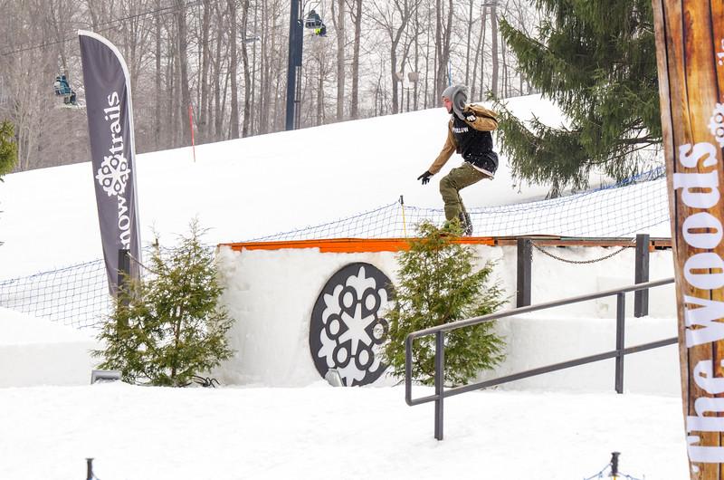 Snow-Trails_Mid-Season-2015-SpFeat-6.jpg