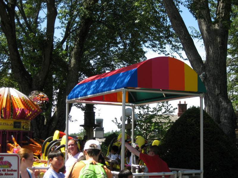 Wave Blaster's operator booth had a new rainbow canopy.
