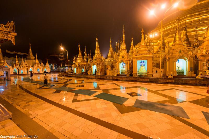 Yangon August 2012 042.jpg