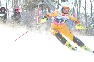 2012 - Feb 4th AM - FIS St-Sauveur Slalom - Women