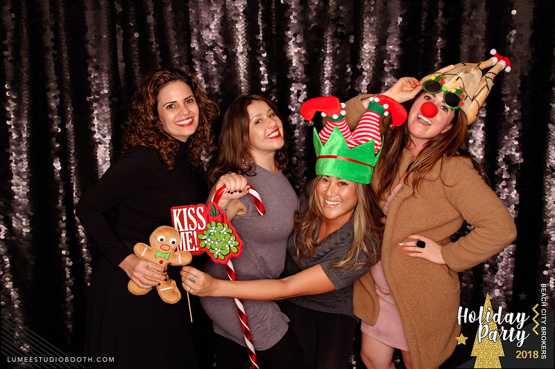 Beach City Brokers - Holiday Party 2018-145.jpg