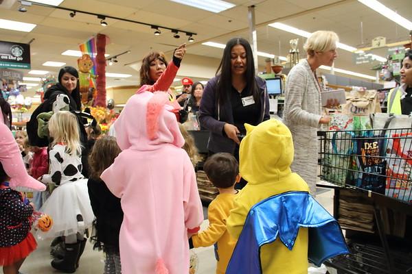 El Cuento Halloween Parade