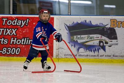 Ryan_ice_hockey_20090201