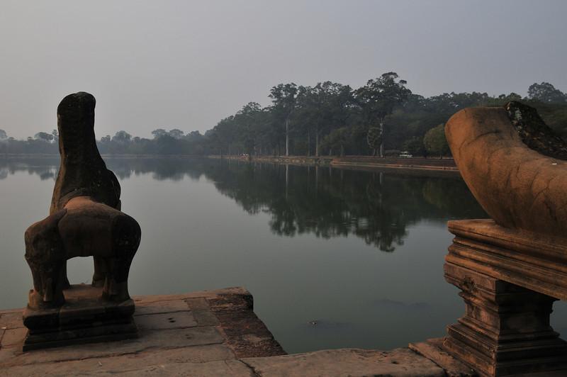 Day18-AngkorWatSunset-66.jpg