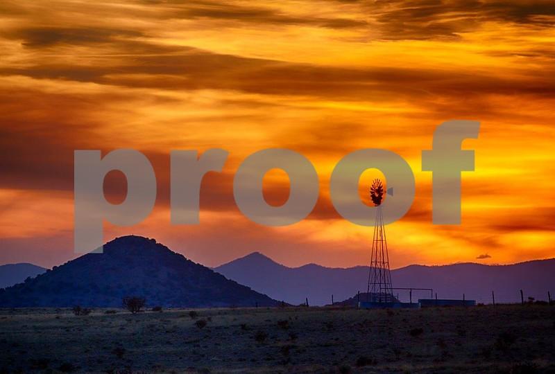 Sunset & windmill 6460.jpg