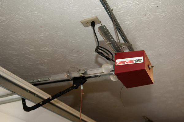 2010.04.10 Garage Door Opener