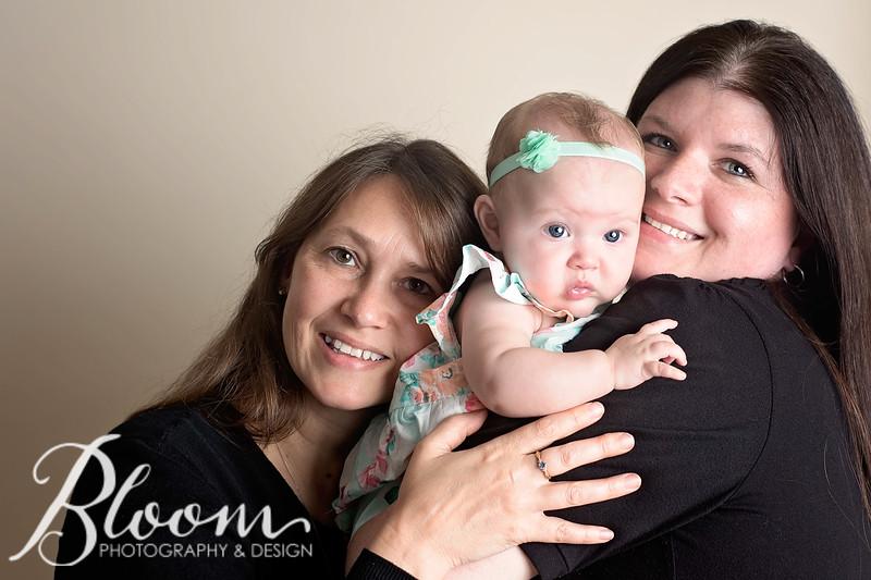 Newborns-101007-2.jpg