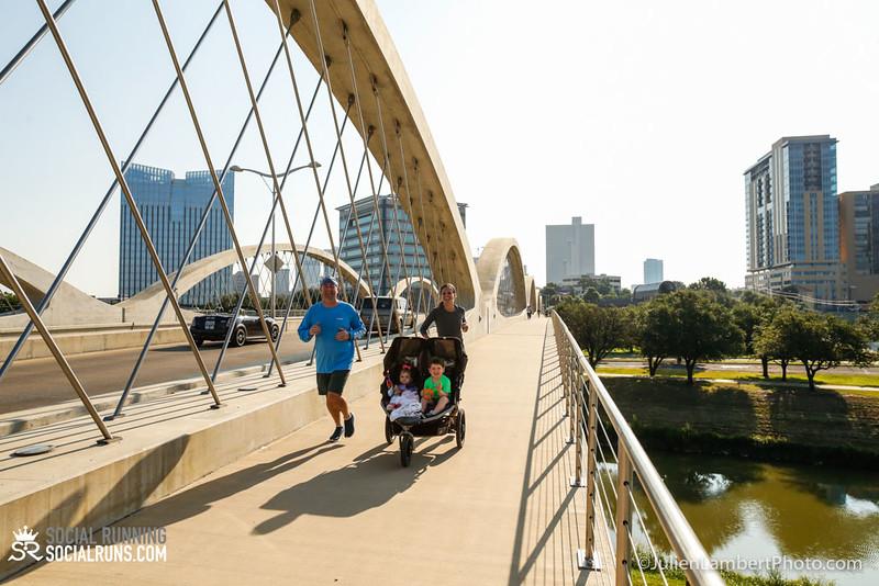 Fort Worth-Social Running_917-0509.jpg
