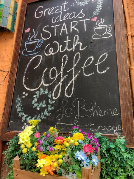 La Boheme...Dangerously good coffee and Arepas