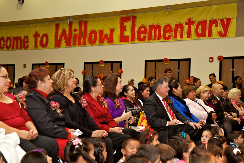 2012_11_30_Willow_school_oepneing 38.jpg